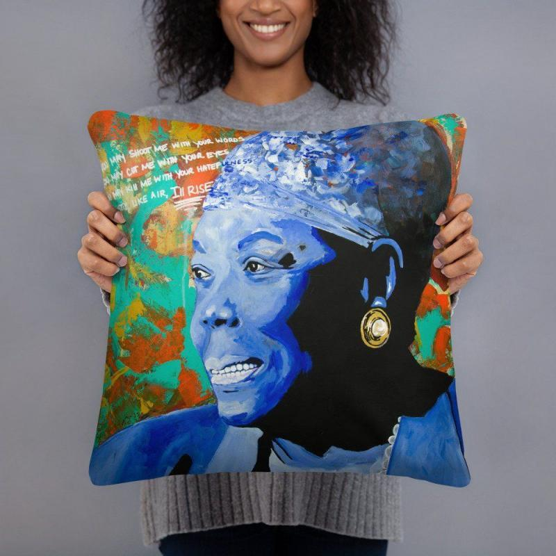 "18"" x 18"" Square print pillow"